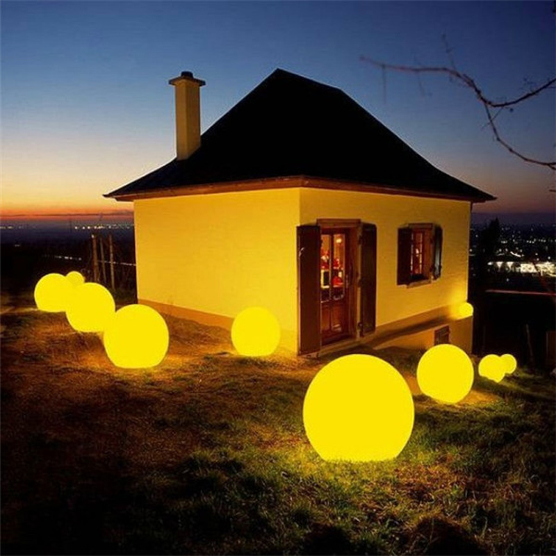 RGB Color Change Waterproof Outdoor LED Decoration Balls(Dia.125cm)
